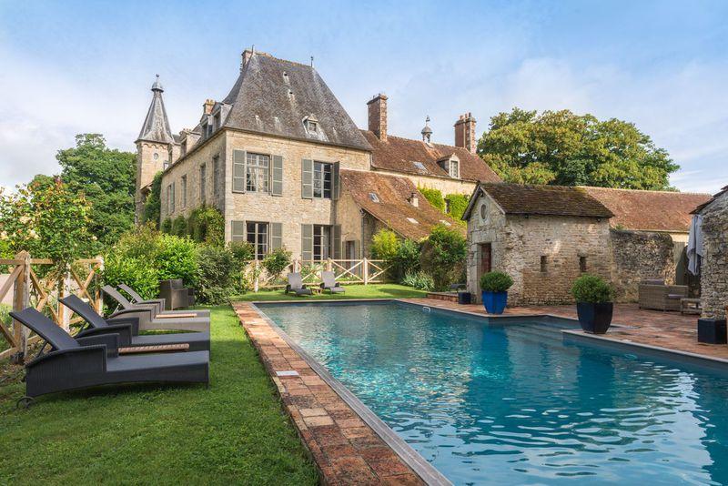 Quintessential châteaux under £150