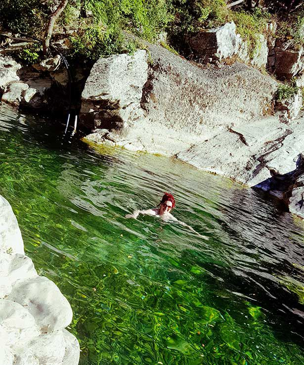 Lois Pryce wild swimming cilento italy