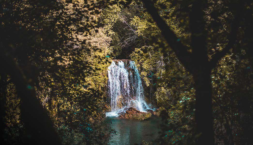 Waterfalls near Olot, Cataloni a
