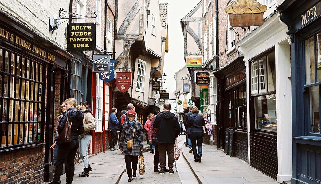 York The Shambles shoppers