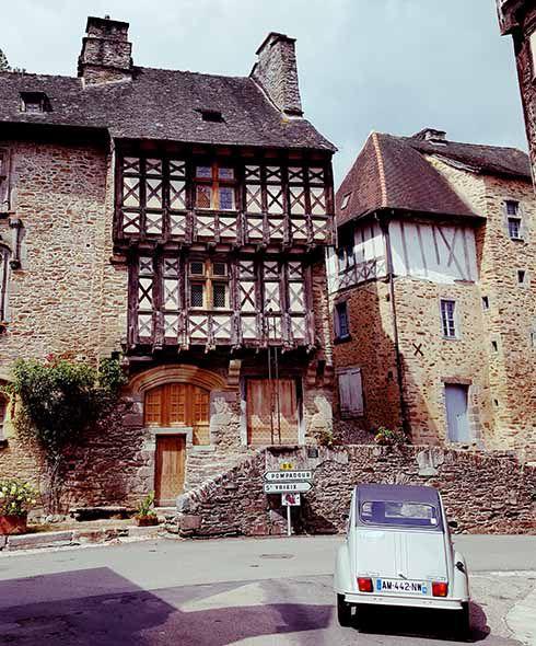 segur le chateau Lois Pryce 2cv Detour